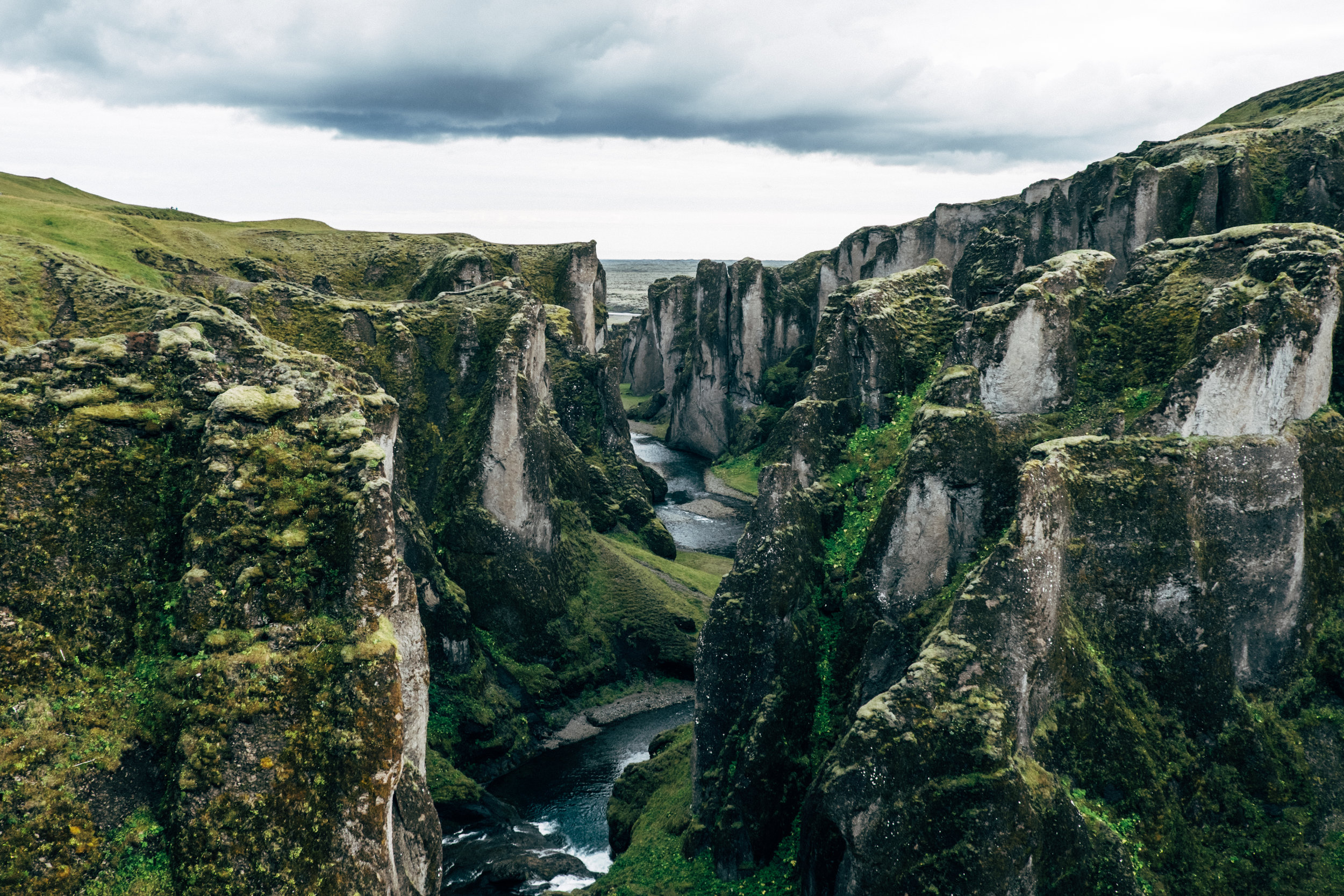 fjadrargljufur-canyon-river