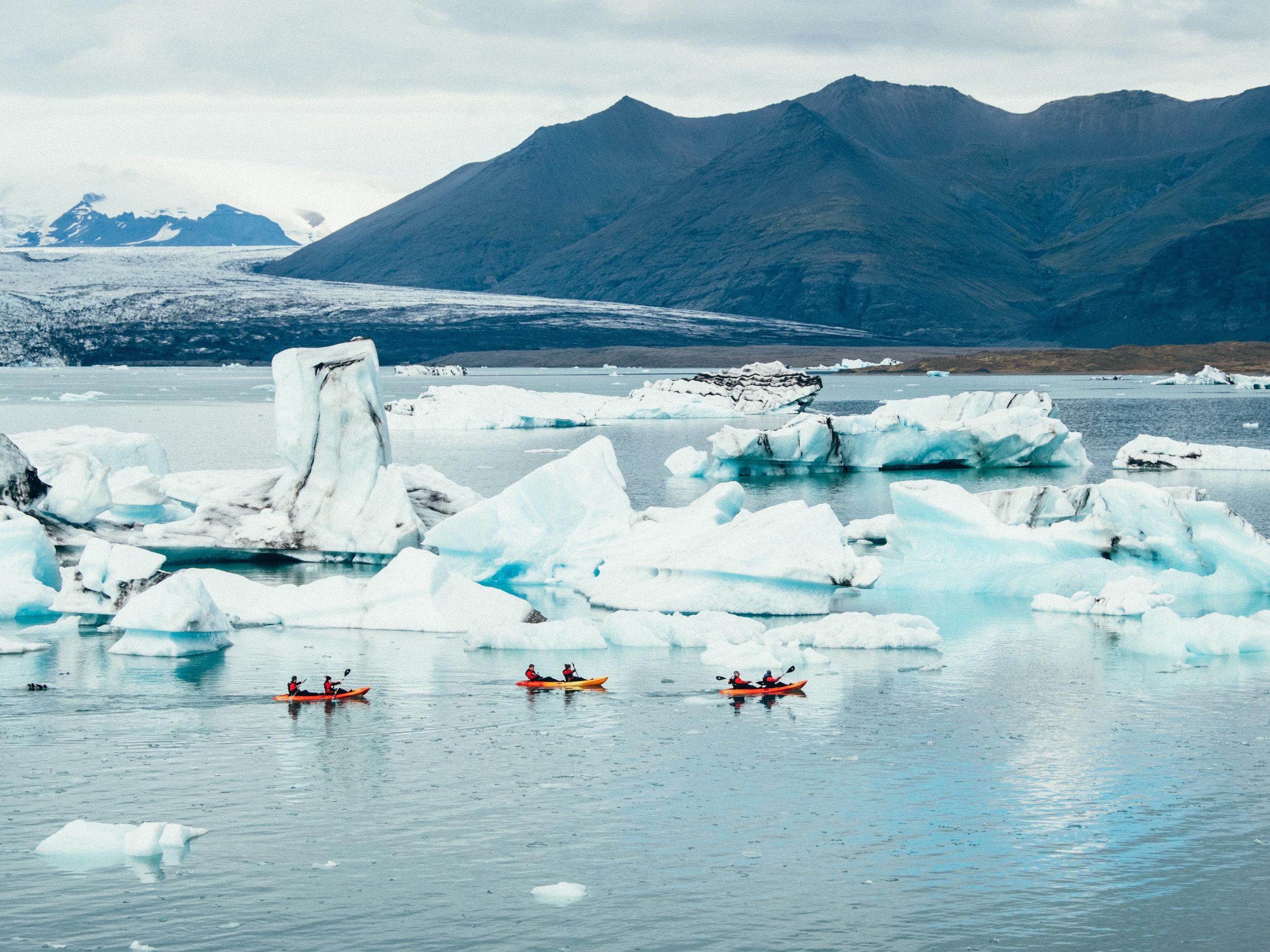 kayaking-glacier-lagoon-iceland